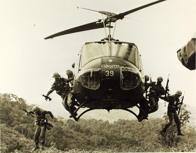 helicopter-in-Vietnam